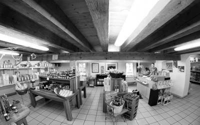 Regionale Produkte - Backen - Brot - Getreide - Mehl - Kräuter